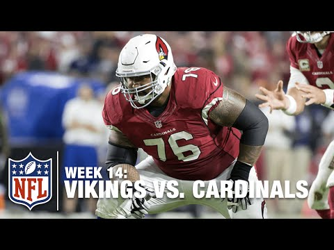 O-Lineman Gets Offensive! Mike Iupati Grabs Tipped Pass & Rumbles Ahead! | Vikings vs. Cardinals
