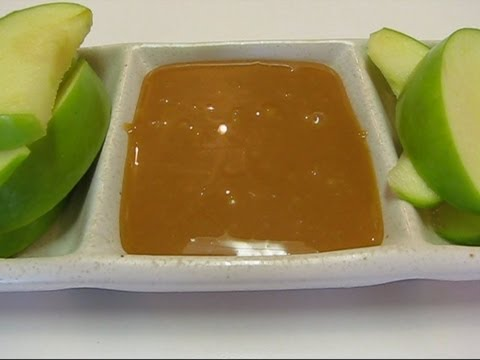 Betty's Apple Dippers With Caramel Dipping Sauce