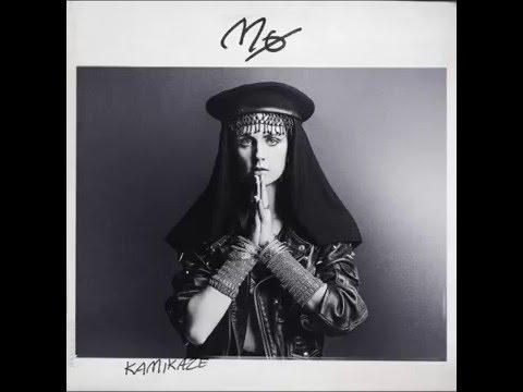MØ - KAMIKAZE + Lyrics