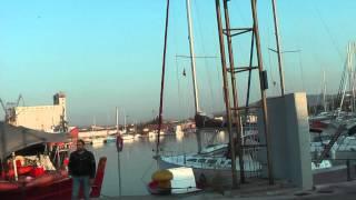 ГРЕЦИЯ: Билетов на паромы нет... Греция... город Волос... Greece Volos(Ответы на вопросы http://anzortv.com/forum Смотрите всё путешествие на моем блоге http://anzor.tv/ Мои видео путешествия по..., 2012-08-21T21:32:28.000Z)