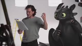 Кит Харингтон (Kit Harington) на пробах в «Игру престолов» попытался приручить дракона