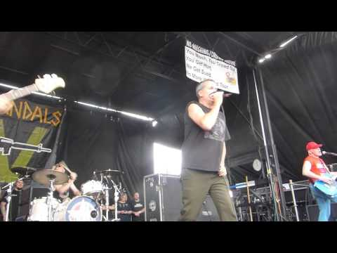 The Vandals - Live Fast, Diarrhea - Warped Tour 2016 - Phoenix, AZ - 8.4.16