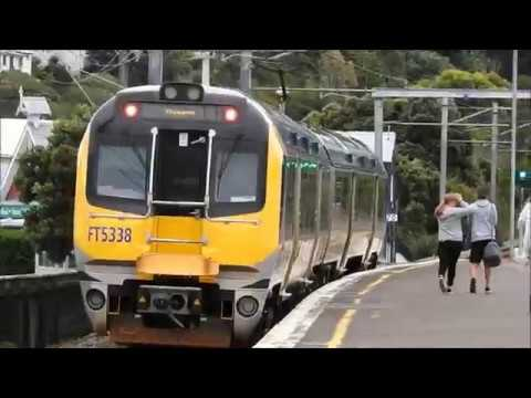 Watching Wellington New Zealand Suburban Trains 14 April 2018