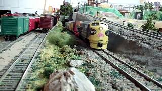 Osseo Dave's Basement S-Scale Layout: Scenes & Cab Ride.