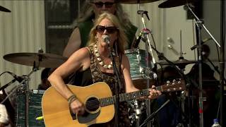 Pegi Young And The Survivors Number 9 Train Live At Farm Aid 2012