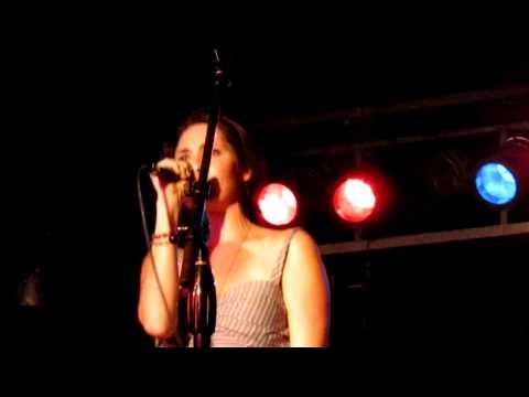 honeyhoney - Little Toy Gun (Live).MOV