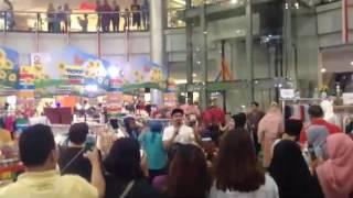 Margo City bazaar 4 sept 16, Artis Indra bekti, Delia septianti dan Vicky Nitinegoro