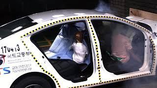차량 뒷좌석 놀이방매트, 판매 급증…안전 '주의…
