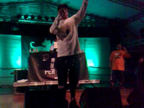 Club Dogo Live @Magnolia 15-06-10 - VIDA LOCA-NOTE KILLER.mp4