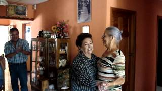 Dorita y Estelita Ovalle Hasse en Senahu