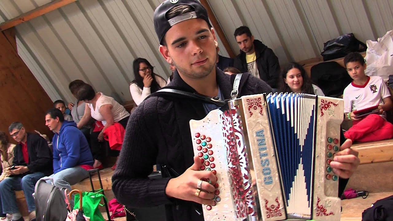 festival-portugais-a-la-verriere