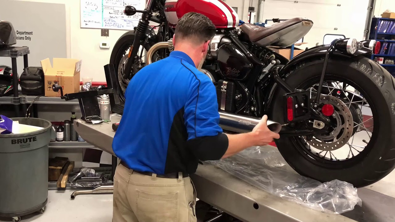 Build A BMW >> 2018 Triumph Bobber Build Week 5: Vance & Hines Exhaust @ Frontline Eurosports - YouTube