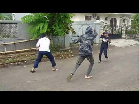 Tugas B.indonesia (membawakan berita)