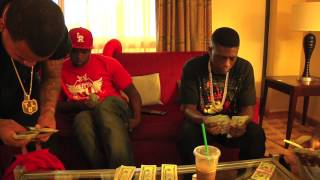 Lil Boosie BadAzz & Gutta Tv Count Out 30k Thousand Cash Money