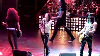 "Slash & Myles Kennedy ""Communication Breakdown"" Live (London, UK 06/06/2012)"