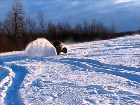 Renegade 800r  whit Pitbull  Tire  in deep snow