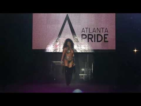 "Destiny Brooks ""Anaconda Twerk"" · Starlight Cabaret Show 2015 · Atlanta Drag Queen & King Show from YouTube · Duration:  3 minutes 54 seconds"