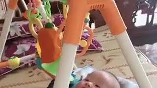 Review đồ chơi chữ A cho bé dưới 1 tuổi