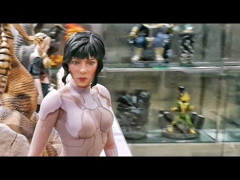 Scarlett Johansson Skin Suit Statue In Ghost In The Shell Youtube