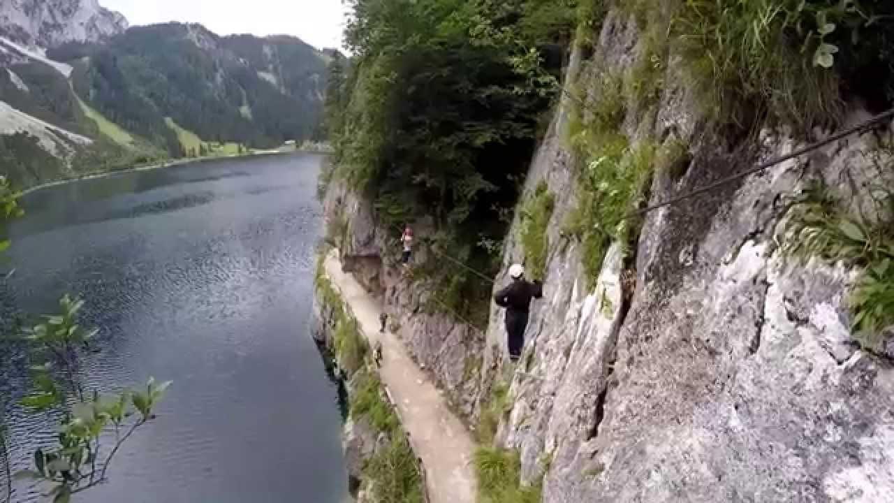 Laserer Alpin Klettersteig : Laserer alpin klettersteig am gosausee youtube