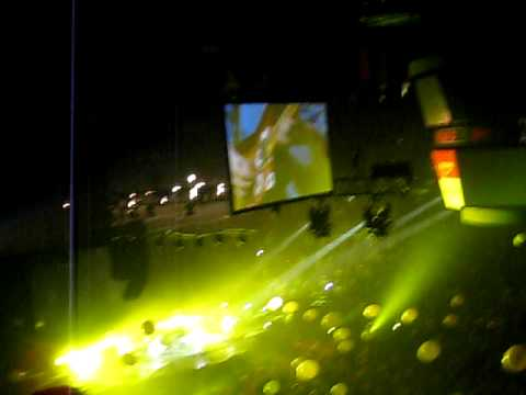Coldplay - Yellow in Calgary 2009