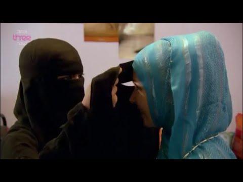 Niqab Street Test - Stacey Dooley