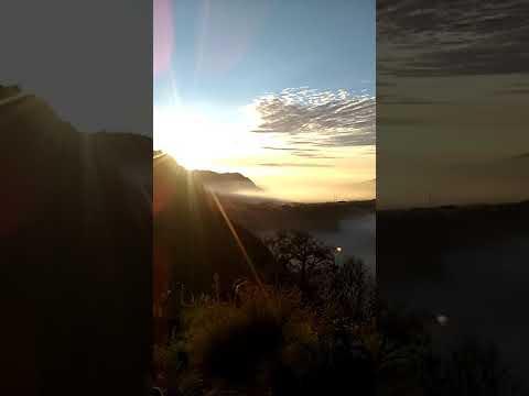 Indahnya Pemandangan Di Pagi Hari Bromo Day
