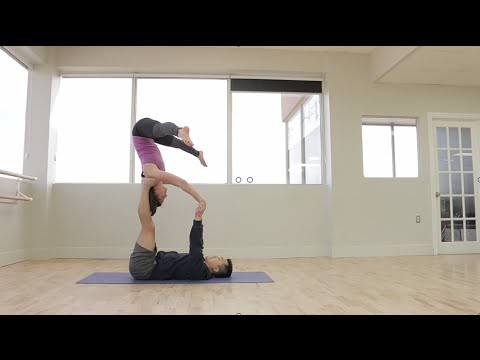 Beginner Acro Yoga: Star