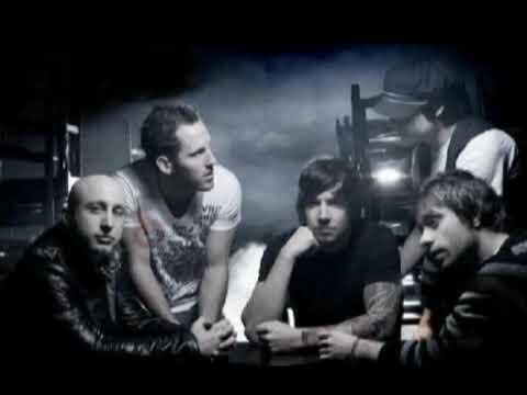 Simple Plan-No Love(Lyrics)