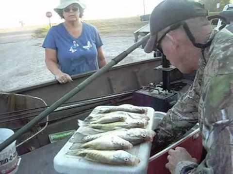 Crappie fishing report at reelfoot lake youtube for Reelfoot lake fishing report