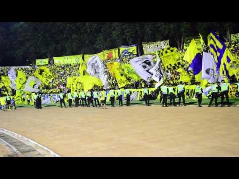 Ultras Gresik : Ayo GU Kami Datang Mendukungmu Selamanya Match GU Vs Persija ISC A (12-8-2016)