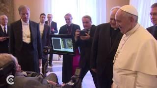 Pope Francis meets Stephen Hawking