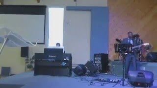 I know who God says i am - [Guitar] - Sinach