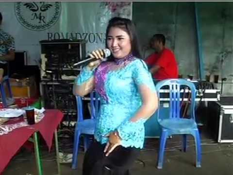Demi Kau Dan Si Buah Hati Voc. Ina - BMG MUSIC Live Baki