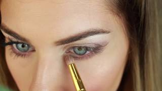 ROMANTIC EYE-MAKEUP TUTORIAL | BELLA