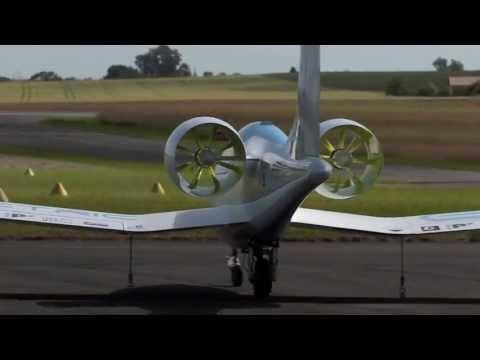 EADS/Aero Composites Saintonge e-Fan electric aircraft