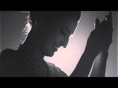 Sara Bareilles - Smile (Emmys 2014) HD