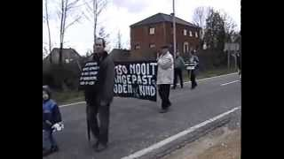 Repeat youtube video Betoging fietsenpad te Opglabbeek  3 maart 1998.