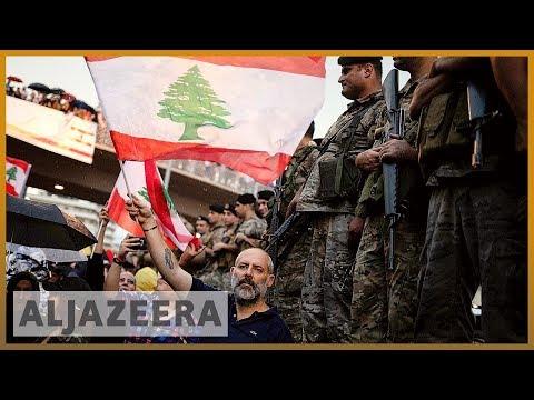 Lebanon: Protesters block the roads