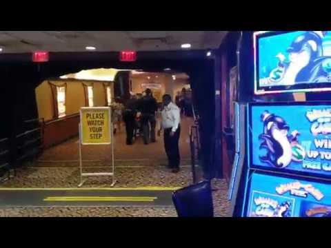 Watch naked man fight police inside a Louisiana casino