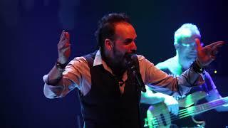 vuclip Skoubidou - Πάνος Μουζουράκης   Live Στον Σταυρό Του Νότου HD
