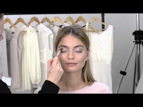 Легкии вечернии макияж от Oriflame