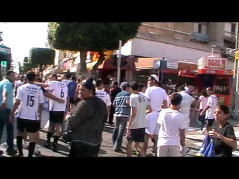 חגיגות של קבוצת מ.ס גבעת אולגה בעליה לליגה ב