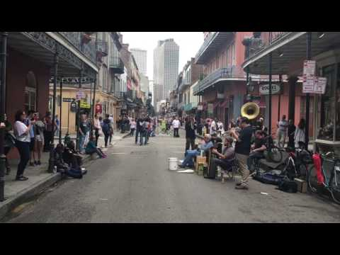 Jammin' Music in the French Quarter of New Orleans, Louisiana (1080 HD)