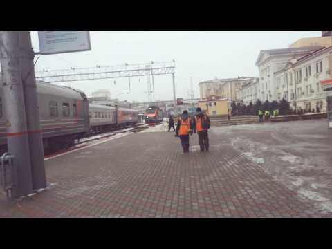 Жд вокзал Ростов на Дону сцепка локомотива