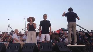 Скачать Зара и Андреа Бочелли Canto Della Terra Rehearsal Teatro Del Silenzio 2017