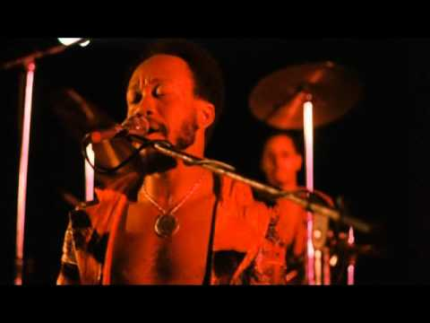 EARTH WIND & FIRE live @ Roller Disco (1975)