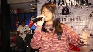 Meet n Greet Hanindhiya Bandung  Akad - Payung Teduh Cover by Hanin Dhiya