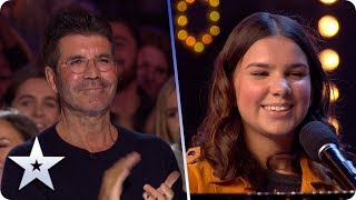 Music is Sirine's vision in BEAUTIFUL and INSPIRATIONAL performance | BGT 2020