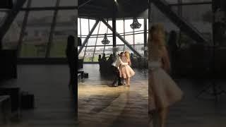 Танец сына мамы на свадьбе
